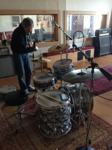 Danny Shatsky Setting Up At Vibromonk