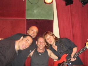 Gig With Andy Galor, Dave Mann And Jon